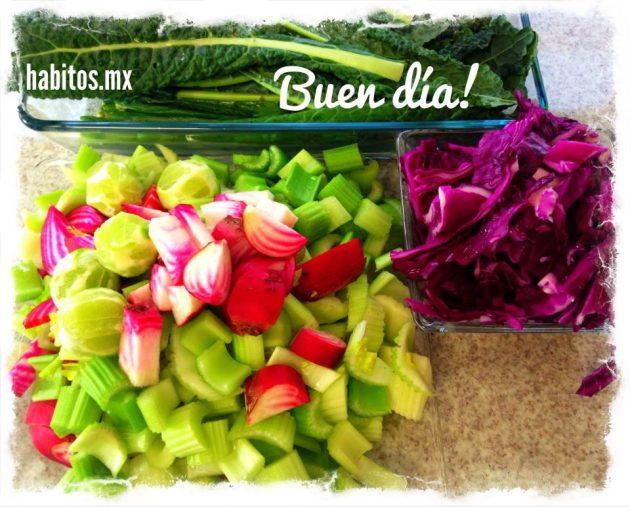 Juicing - Preparando jugos verdes
